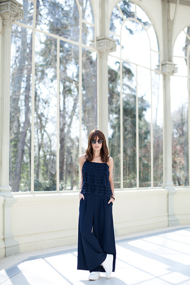 Lucita Y - H&M Jumpsuit - NAVY BLUE