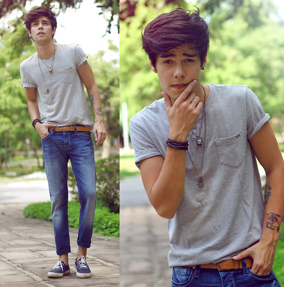 Vini Uehara - Mavi T Shirt, Mavi Pants - Don't be shy