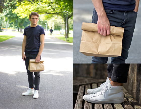 Florian Roser - Cos T Shirt, Cos Jeans, Common Projects Sneakers - Paperbag