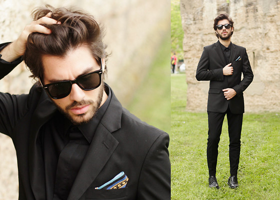 JJ Reyes - Tailor4less Suit, Penneys Shoes, Zerouv Sunglasses - Semana Santa
