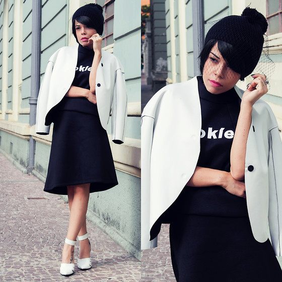 Priscila Diniz - Cookies Neoprene Dress, Reversible Neoprene Jacket - Cookies and neoprene(and more black and white!)