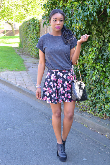 Laura C - H&M Skirt - Flowers on my skirt // StylishVue