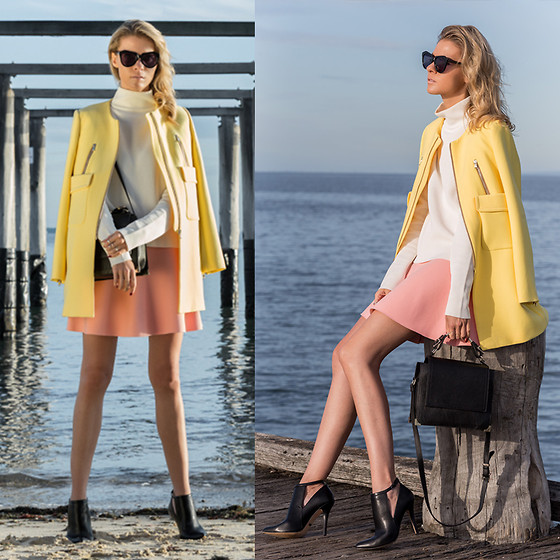 Dasha Gold - Karen Walker Glasses, Zara Yellow Coat, Kardashian Kollection Shoes, Kenzo Pink Skirt, Céline White Top - Blush