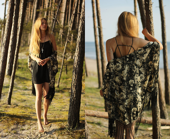 Margarita Miss - Sheinside Black Cami Dress, Tfcn Ribbon Kimono - Perfect dress