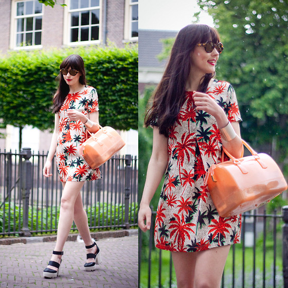 Iris Www.adashoffash.com - Fashion Union Tropical Dress, Ozeal Tortoise Sunglasses, Asos Chunky Heels, See More On - Pretty dresses & palm trees