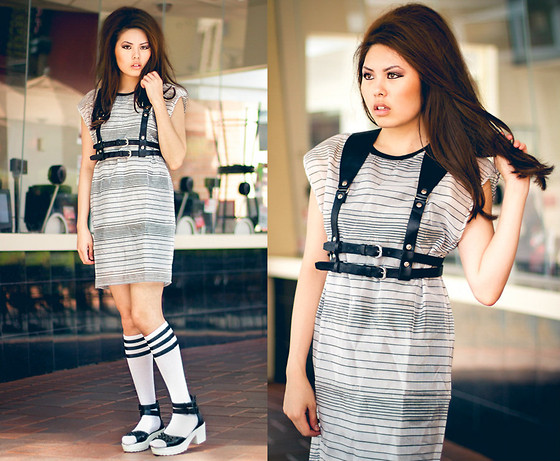 Careese Quon - Frontrowshop Striped Dress - Front Row Shop x Lychee Style