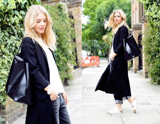 Isabella Thordsen - Givenchy, Monki, Birkenstock - Less is more