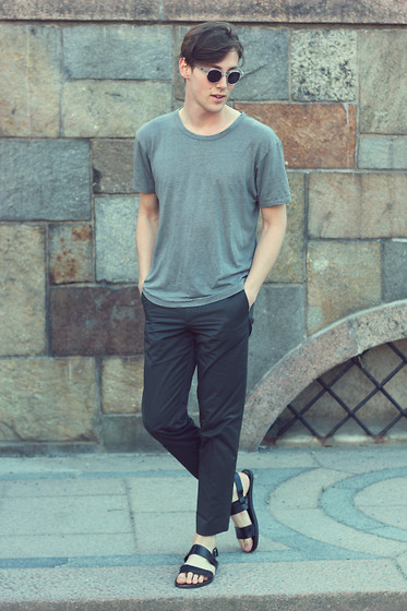 Tobias Sikström - E&E Sunnies, Wood Tshirt, Cos Trousers, H&M Sandals - Green and grey