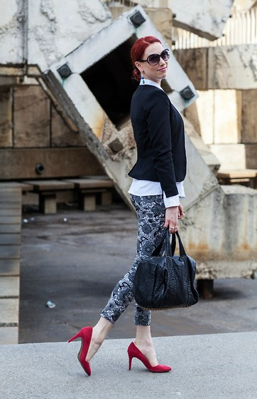 Caity Shreve - Aqua Cropped Blazer, Lysse Printed Pants, Cole Haan Red Pumps, Alexander Wang Rocco Duffle - Menswear