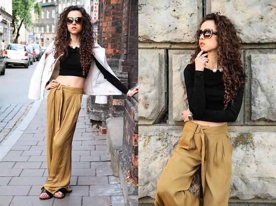 Gosia B. -  - Wide leg pants and crop top