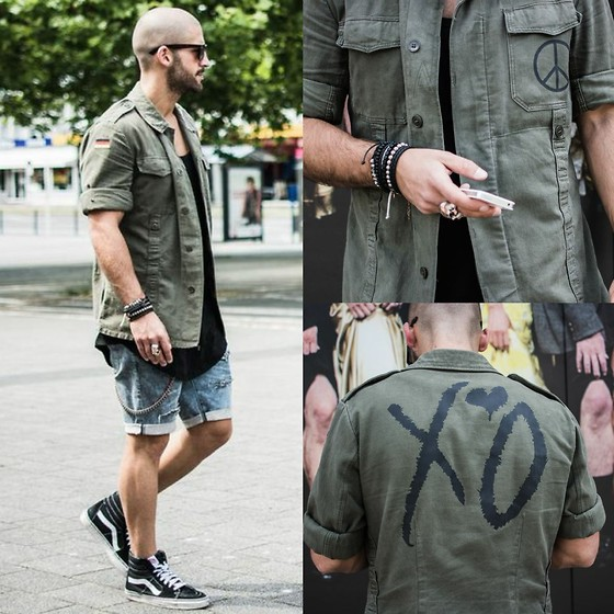 Kosta Williams - Nato Shop Bdu Jacket ( German Army ), Lovers + Friends Round Tanktop, H&M Jeans, Vans Sk8 Hi, Lusardi London Ring & Bracellets - XO - til we overdose