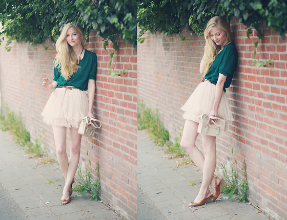 Joana ♡ - Sheinside Blouse, Sheinside Skirt, Deichmann Shoes, Forever 21 Bag, H&M Belt, H&M Necklace - Those dancing days
