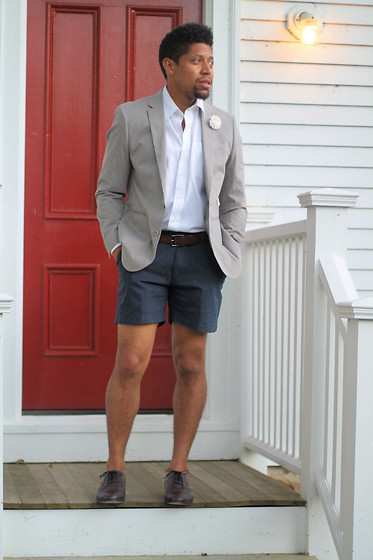 Bryce Lennon Lennon - Shorts, Blazer, Button Down, Thrift Store Shoes, Flower Lapel - After 5: Blazer and Shorts