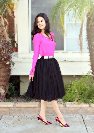 Stephanie Rami - L'amour Cut Out Blouse, P.Kid Chicks Black Tutu Skirt, P.Kid Chicks Bling Belt, Worthington Heels - Pink is the new me