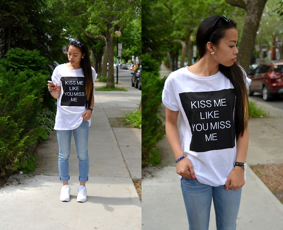 Vivianne D -  - Sometimes a shirt says it all