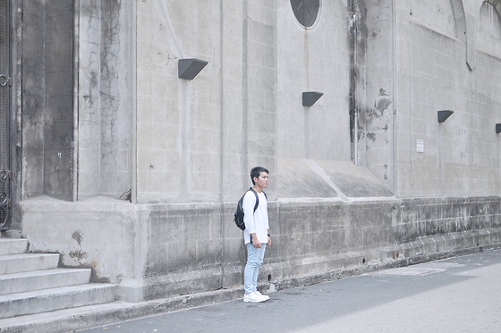 Karl Philip Leuterio - H&M Shirt, Eastpak Leather Backpack, Levi's® Bleached Denim, Doc Marten White Derbies - Future Past