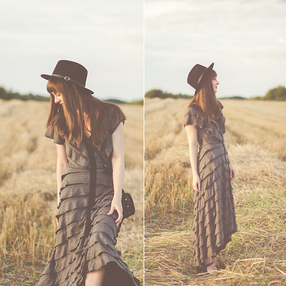 Maddy C - Free People Dress - Golden hour