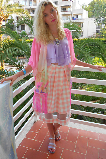 Coral Baker - New Look Kimono, Pastelmintstore Layered Crop Top, Matalan Midi Skirt, New Look Glitter Juju's - Being Barbie