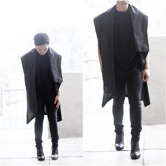 Karl Philip Leuterio - Feminine And Masculine Boots, H&M Skinny Trousers, Kenki Drape Cover Up, Diy Muscle Tee - Sexless shadow
