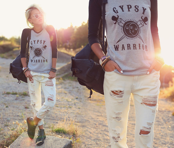 Alanna Durkovich - Gypsy Warrior Distressed Boyfriend Denim, Gypsy Warrior Raglan T Shirt - Gypsy Warrior x Pacsun