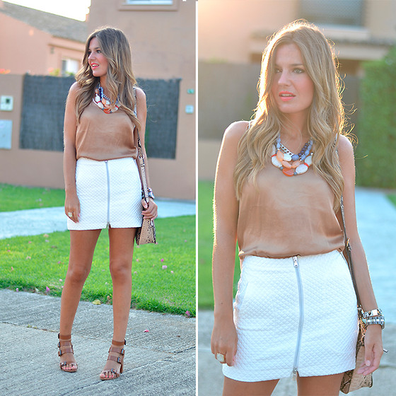 Helena Cueva - Zara Top, Zara Skirt, Zara Sandals, Parfois Handbag - Loose Top