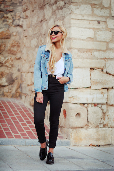 Martha Lozano - Ray Ban Sunglasses, Asos Top, Missguided Denim Jacket, Pull & Bear Jeans, Mango Shoes - No me vendas la moto