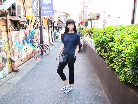 Samantha Mariko -  - Crazy for navy