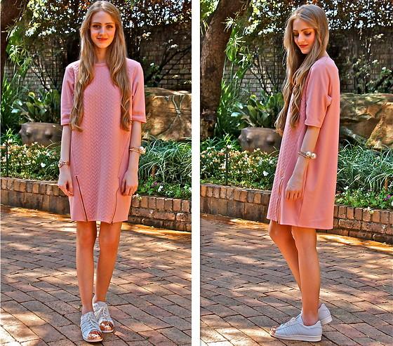 Nikki S - Adidas Sneakers - Blush Pink
