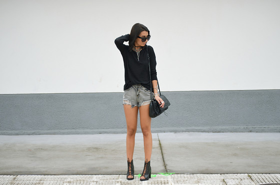 L A - Oasap Denim Shorts, Jeffrey Campbell Lace Booties - BLACK HAIR EVERYTHING