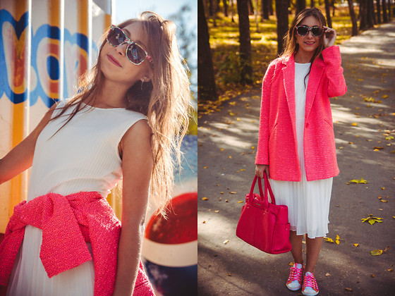 Anna Sever - River Island Pink Coat, New Look Sneakers - Neon coat