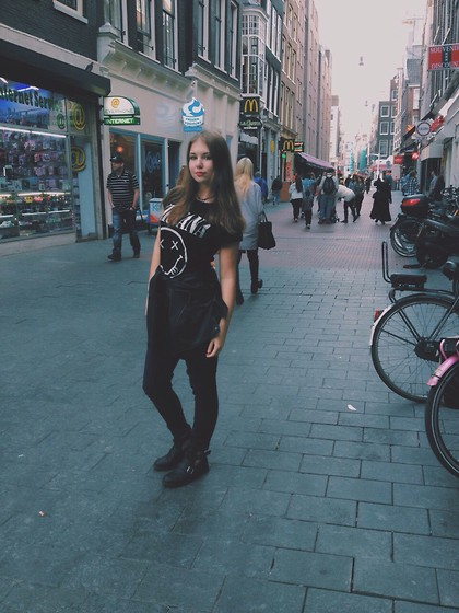 Daria Danilevich - Primark Nirvana T Shirt, Reserved Leather Jacket, New Yorker Cut Out Boots - Amsterdam makes me feel dirty