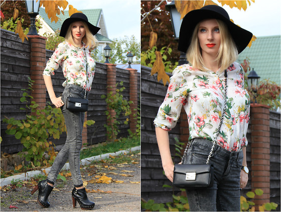 Lise Kapris - Fendi Bag, Ugg Boots, Topshop Jeans, Joie Blouse, Mascotte Hat - A Hat & a Girl One Day in a Fall