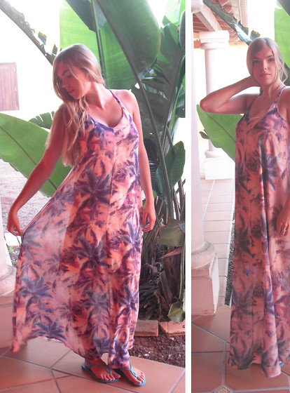 Josca . - Primark Palm Maxidress, Havaianas Flipflops -  Ocean breeze