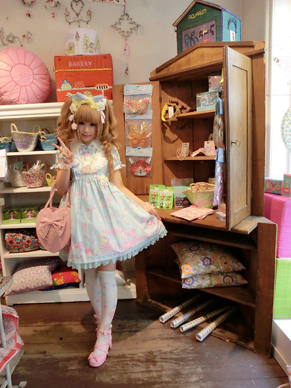 Melva Yan - Angelic Pretty Dreamy Baby Room, Angelic Pretty Dreamy Baby Room, Angelic Pretty Toy Parade, Angelic Pretty Pink Heart Bag, Angelic Pretty Melty Chocolate, Angelic Pretty 宝石リボンシューズ, Sanrio My Melody - Dreamy Baby Room @toy store