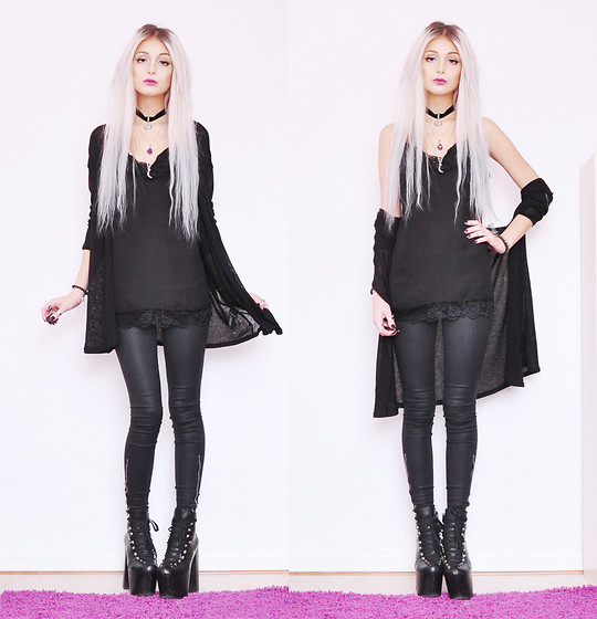Julia Nilsson - Unif Hellbounds, Vero Moda Lace Singlet, H&M Black Cardigan - Black Widow