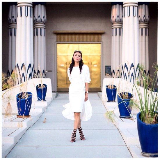 Tienlyn . - Carolinna Espinosa Sari Heels, Frontrowshop Duster Coat, Little Mistress White Bodycon Dress - LWD