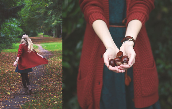 Joana ♡ - Ernstings Family Cardigan, Ernstings Family Dress, Daniel Wellington Watch, Ernstings Family Boots - In the forest