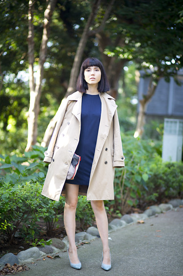 Samantha Mariko - Uniqlo Dress, Uniqlo Trench Coat, Zara Heels - Navy and pastel blues