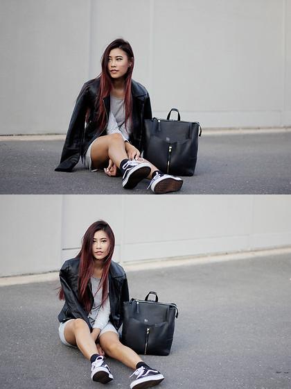 Jody Nguyen Vans Old Skool Staples | LOOKBOOK
