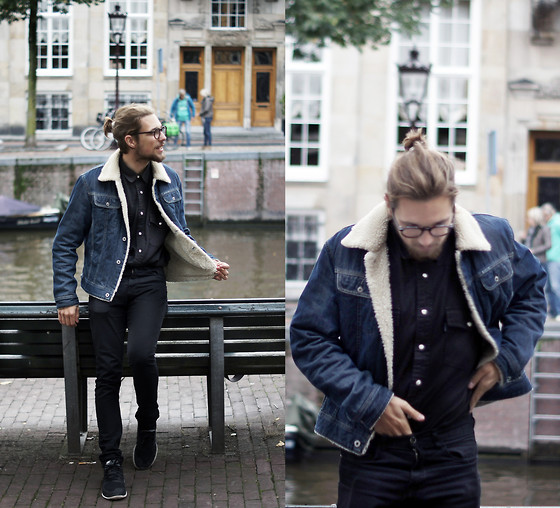 Ward M - Marni 'Round' Glasses, Diesel Vintage Jeans, Think Twice Secondhand Black Jeans Shirt, Zara Jeans, Nike Free Run - A'dam