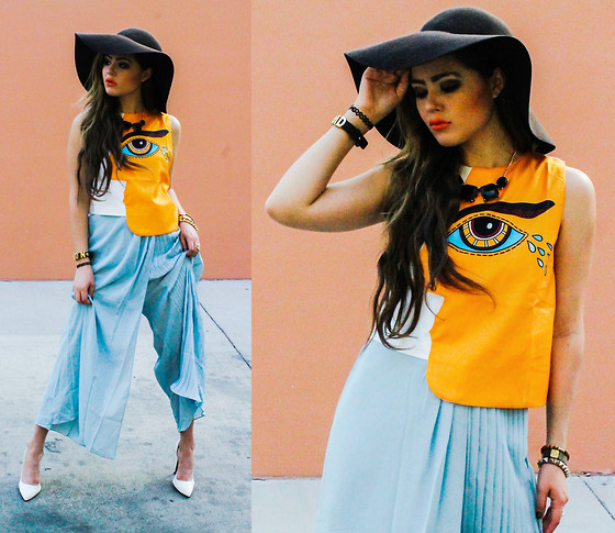 Bebe Zeva - Oasap Third Eye Crop Top, Mayi Ayamo Pleated Palazzo Pants - For crying out loud