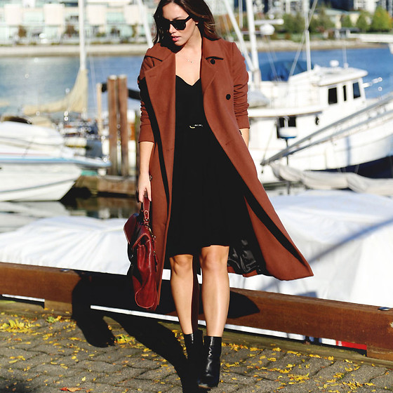 Alexandra G. - Obakki Trench Coat, Aritzia Camisole, Obakki Pleated A Line Skirt, Zara Ankle Boots, Roots Suitcase Bag - Tonal Fall Style