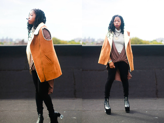 Martina McFarlane - Necessary Clothing Shearling Vest, Unif Das Boots, Necessary Clothing Knot Tunic Top, Forever 21 Turtleneck Sweater - Play With Magic