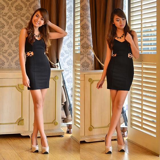 Black Dress, Centropelle Beige Heels