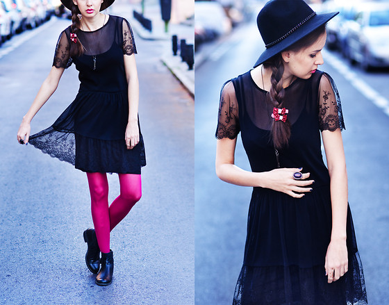 Mariya Marinova -  - Little black lace dreSs.