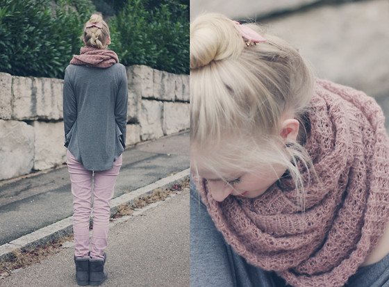 Joana ♡ - Lookbookstore Top, Zara Jeans, New Yorker Boots, Pieces Scarf - We all have stories to tell