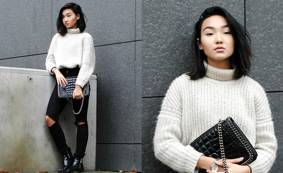 Konstanzia and Atusa Lechler - Zara Knit Sweater, Zara Bag, Zara Boots - EDGY WITH KNIT