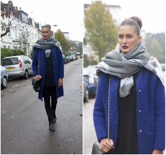 Amina Allam - Zara Shawl, Zara Long Cardigan, Chanel Bag, Christian Dior Booties - A rainy day in London