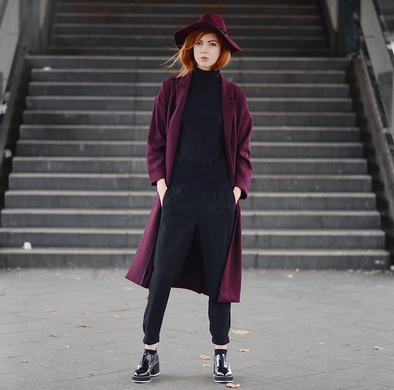 Ebba Zingmark - Monki Coat, Oasis Hat, Oasis Turtleneck, Shellys London Shoes, Oasis Pants - There's no stop