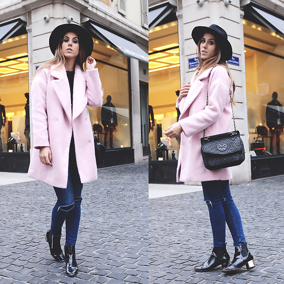 Alison Liaudat - Softgrey Pink Coat, H&M Ripped Jeans, Tory Burch Marion Bag, H&M Black Hat - PINK ROSY FOR A BUSY DAY